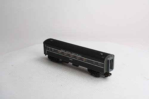 306081	 - 	O27 Streamlined Coach Car