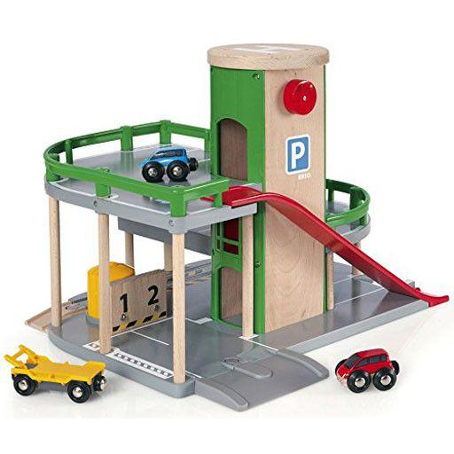 BRIO BRIO - PARKING GARAGE
