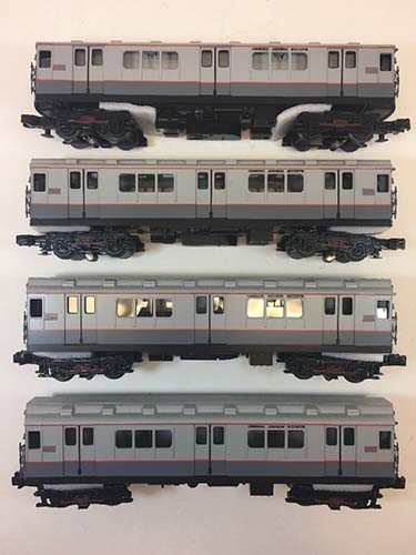 3023730	 - 	R-12 4-Car Subway Set w/Loco-So