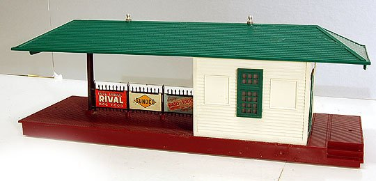 Lionel Lionel Postwar #256 Illuminated Freight Station