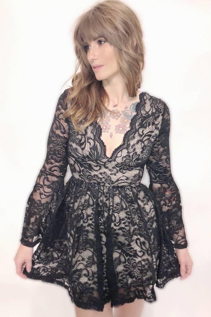 DA63 - Trac - Lace Dress w/Bell Sleeves