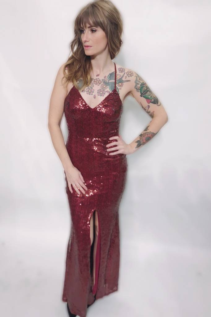 DA4 - Privy - Full Sequinned Gown