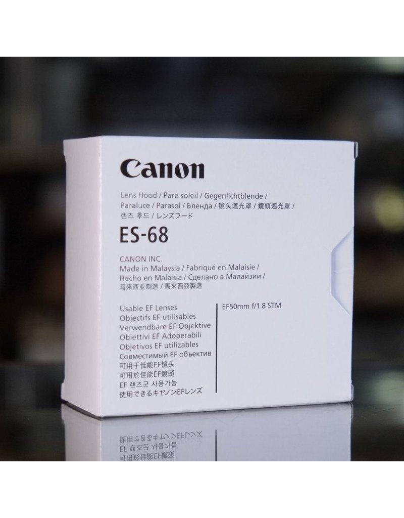 Canon Canon ES-68 lens hood.
