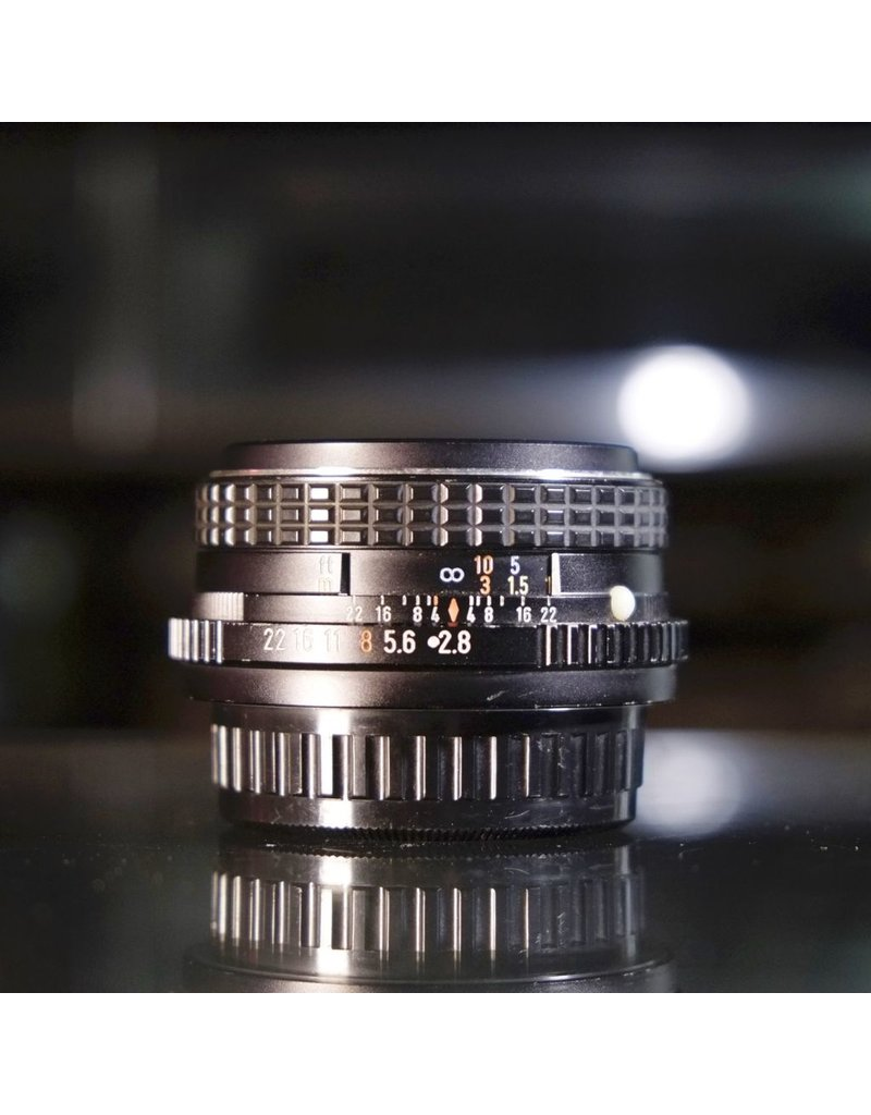 Pentax SMC Pentax-M 28mm f2.8.