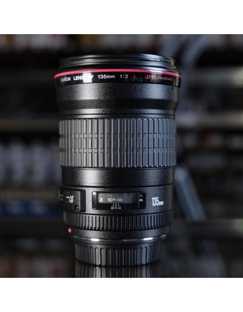 Canon Canon EF 135mm f2L USM.