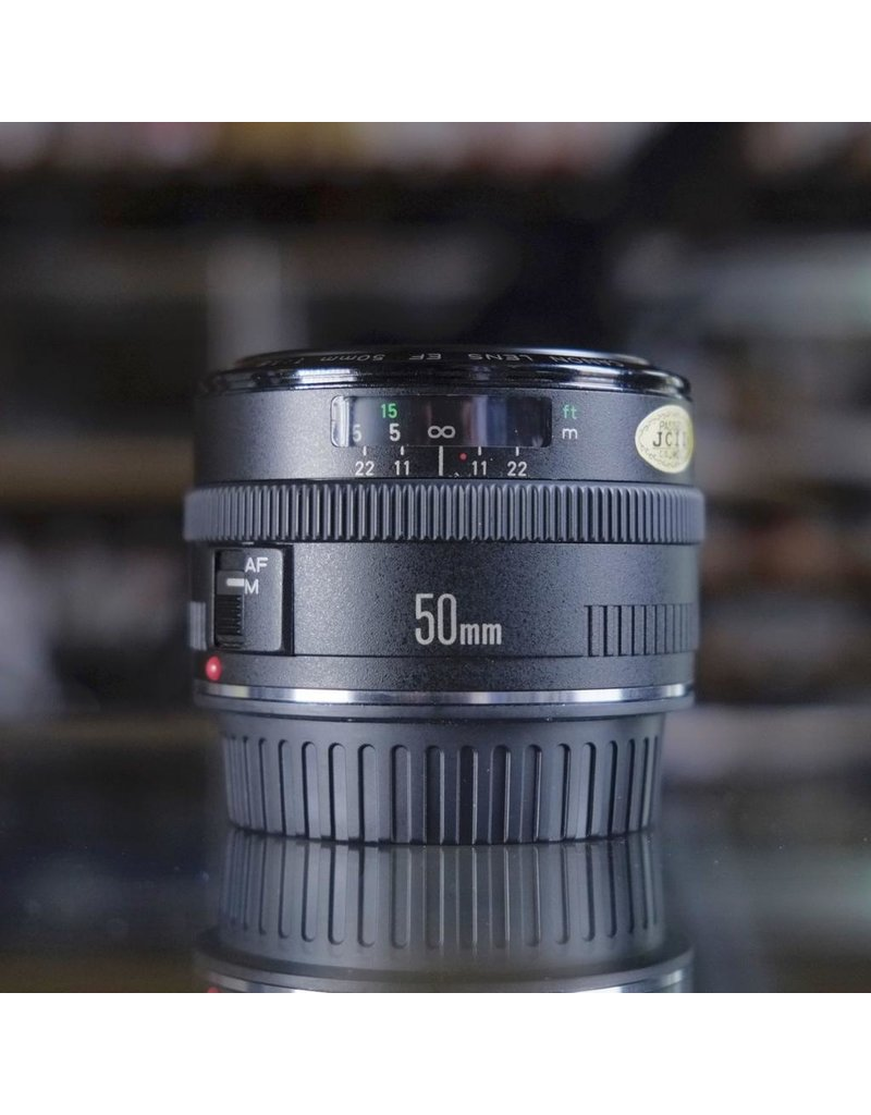 Canon Canon EF 50mm f1.8.