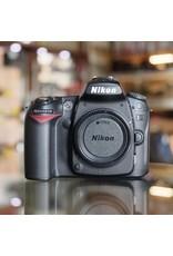 Nikon Nikon D90.
