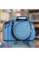 Canon Canon EOS Rebel T3i.