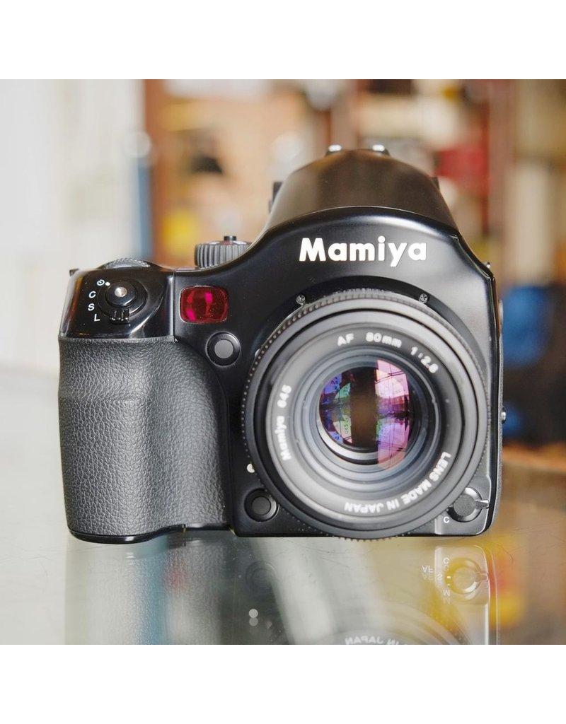 Mamiya Mamiya 645AFDII w/ ZD Digital Back.