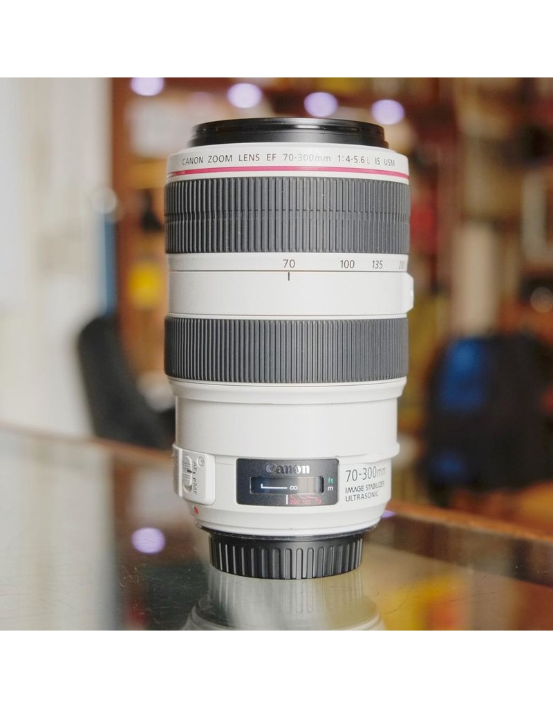 Canon Canon EF 70-300mm f4-5.6L IS USM.