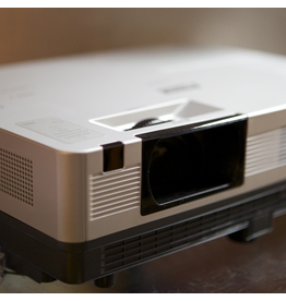 RENTAL Canon LV8227A digital projector rental.