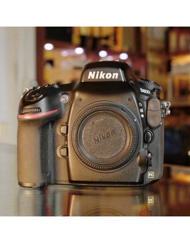 Nikon Nikon D800.