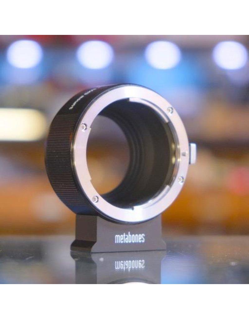 Metabones Metabones Nikon F-Fuji X adapter.