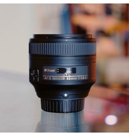 Nikon Nikon 85mm f1.8G AF Nikkor.