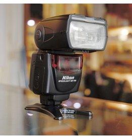 Nikon Nikon Speedlight SB-700.