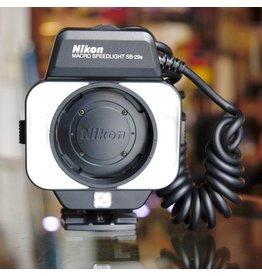 Nikon Nikon SB-29s.