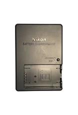 Nikon Nikon MH-27 battery charger for EN-EL20 batteries.