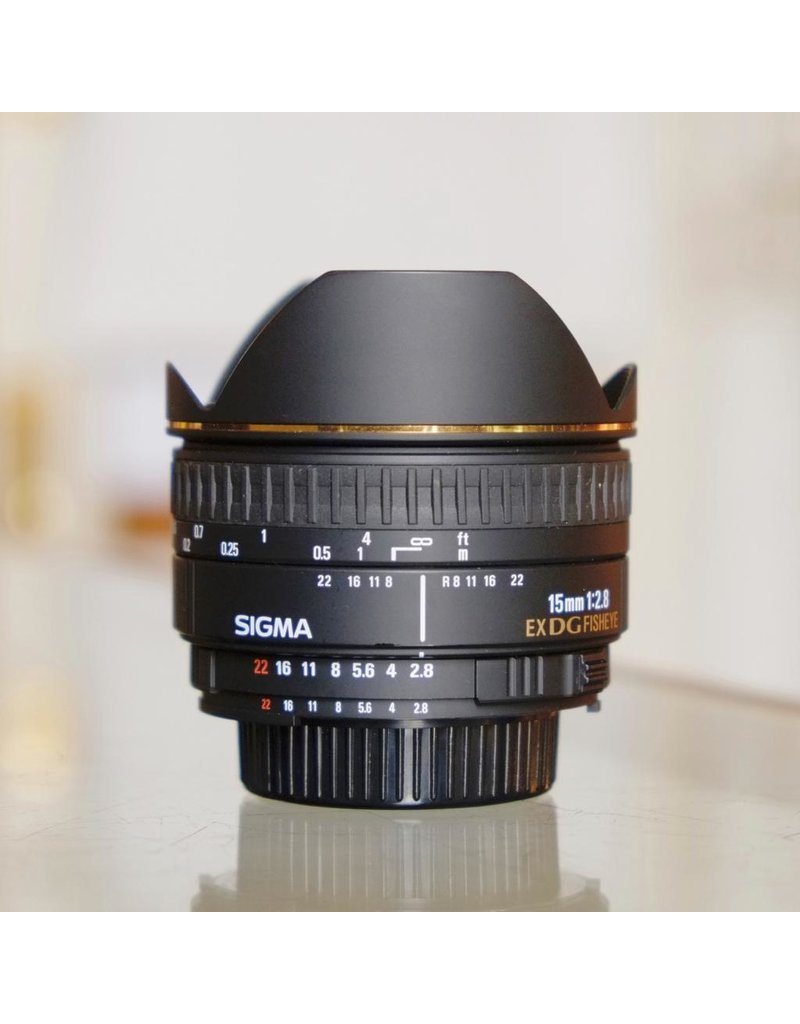 Sigma Sigma 15mm f2.8 EX DG Fisheye (Nikon F)