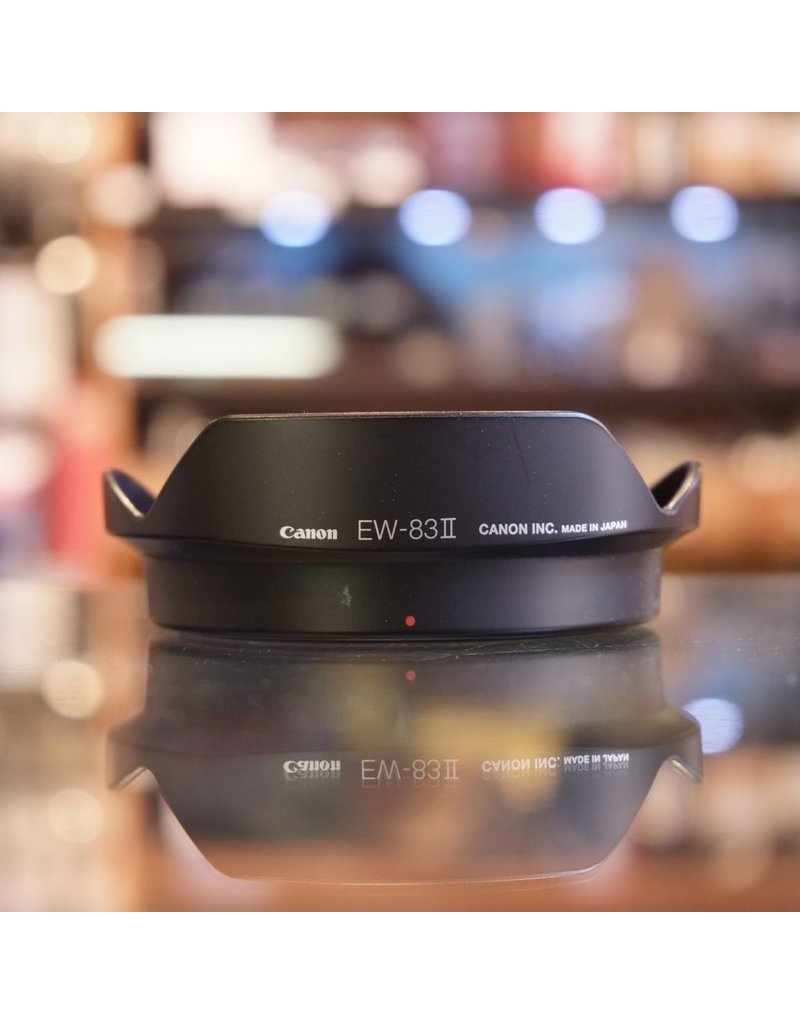Canon Canon EW-83II lens hood for EF 20-35mm f3.5-4.5.