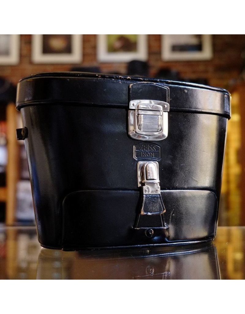 Zeiss Ikon Zeiss-Ikon Super Contarex Super 3-lens + back case.