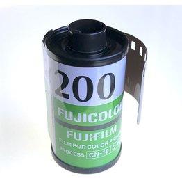 Fujifilm Fujifilm Fujicolor 200. 135/24.