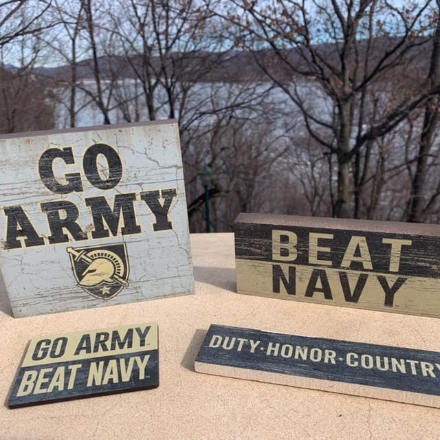 Table Top Square (GO ARMY)