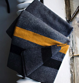 "Cadet Gray/Foot Soldier Military Blanket/Gray/Gold/Black (Twin 64"" x 90"", 100% Wool)"