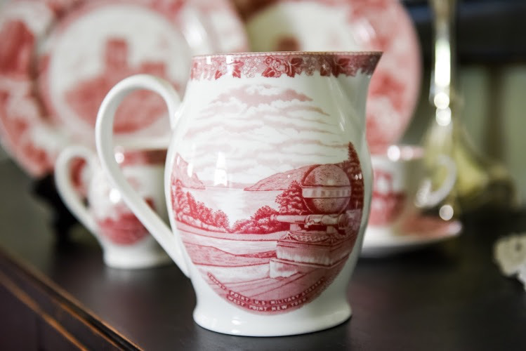 """Liverpool Jug (West Point China), Rose, 12"""""""