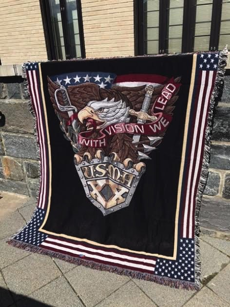 West Point Class of 2020 Crest Throw Blanket (52 by 74 Inches)