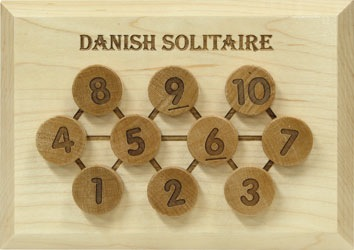 PUZZ Danish Solitaire