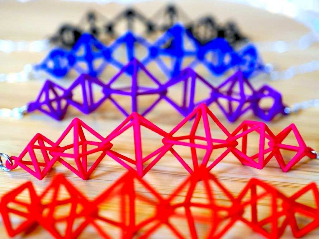 JEWE 3D Printed Interlocking Octahedron Necklace | Hanusa Design