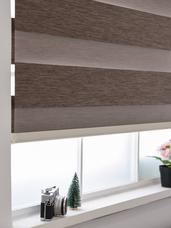 Trendy Blinds Combi Joker 2 Tone BO room darkening [CMTD-J2]