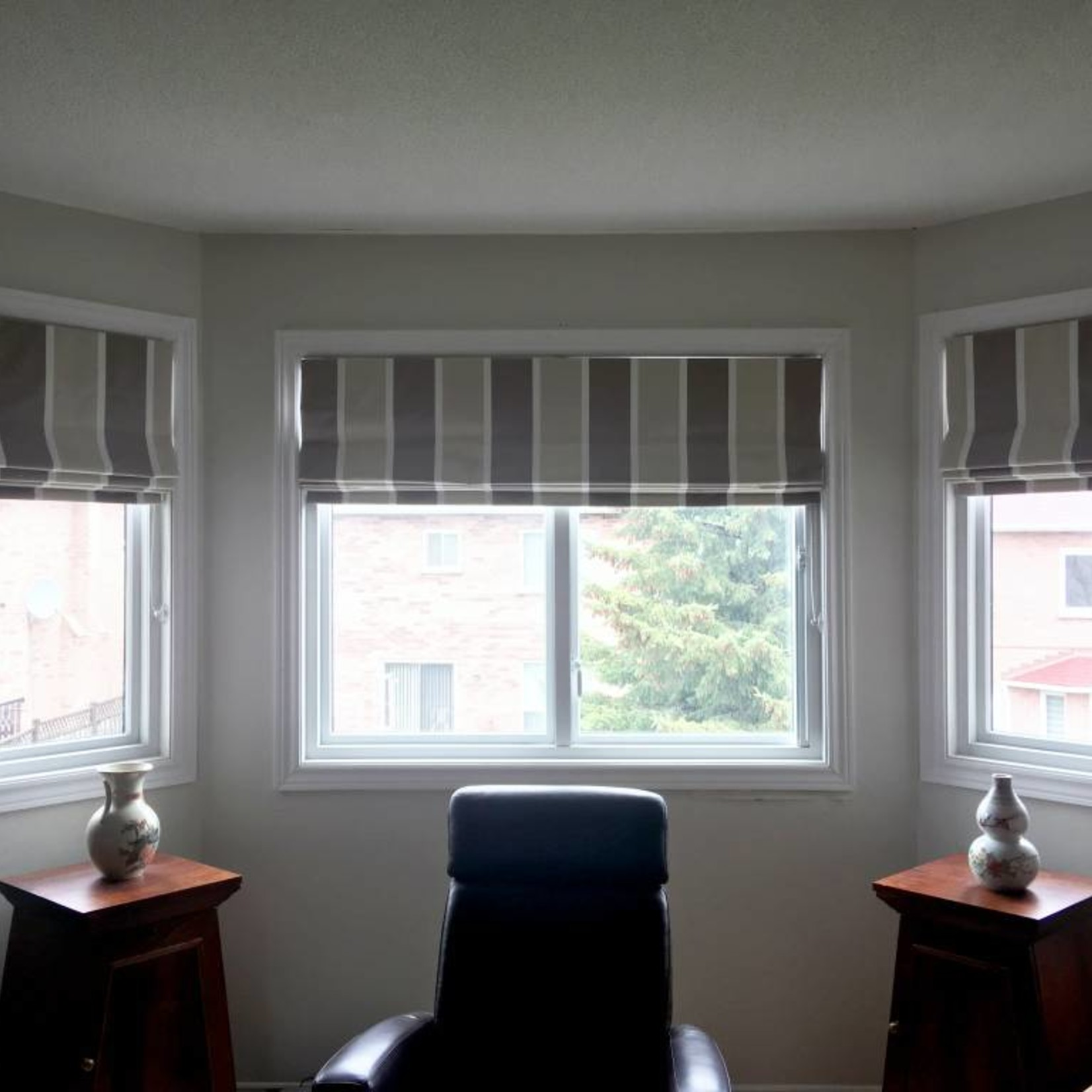 Trendy Blinds Classic Roman Shade RC1