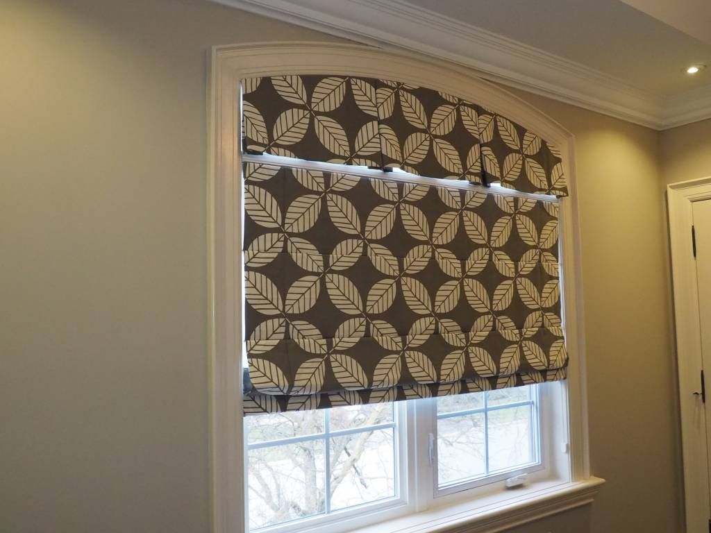 Trendy Blinds Tucked Roman Shade RT4