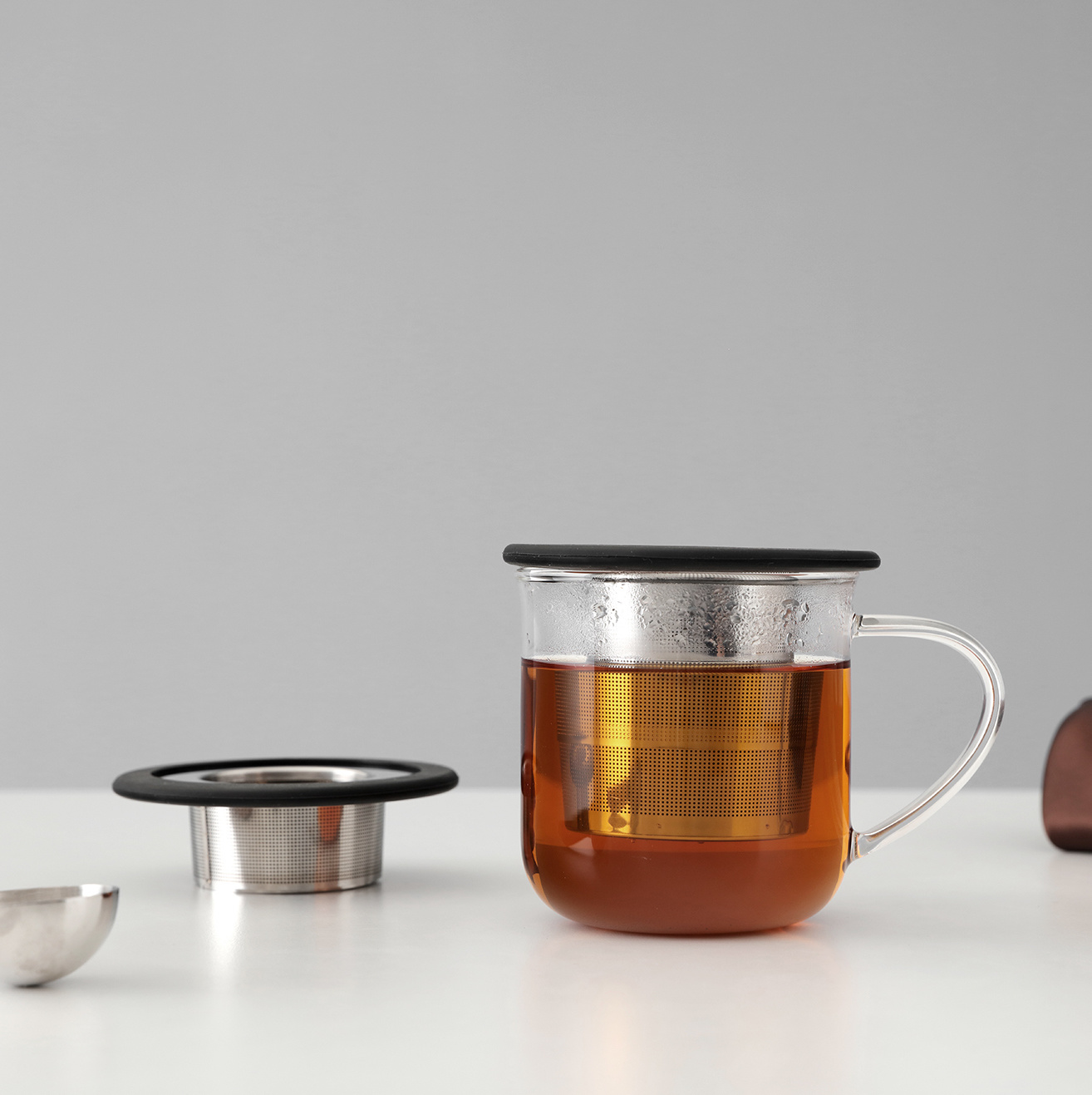 Infusion™ collapsible tea strainer