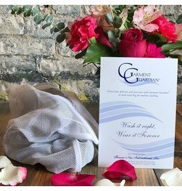 Forever New Forever New Garment Guardian Mesh Wash Bag