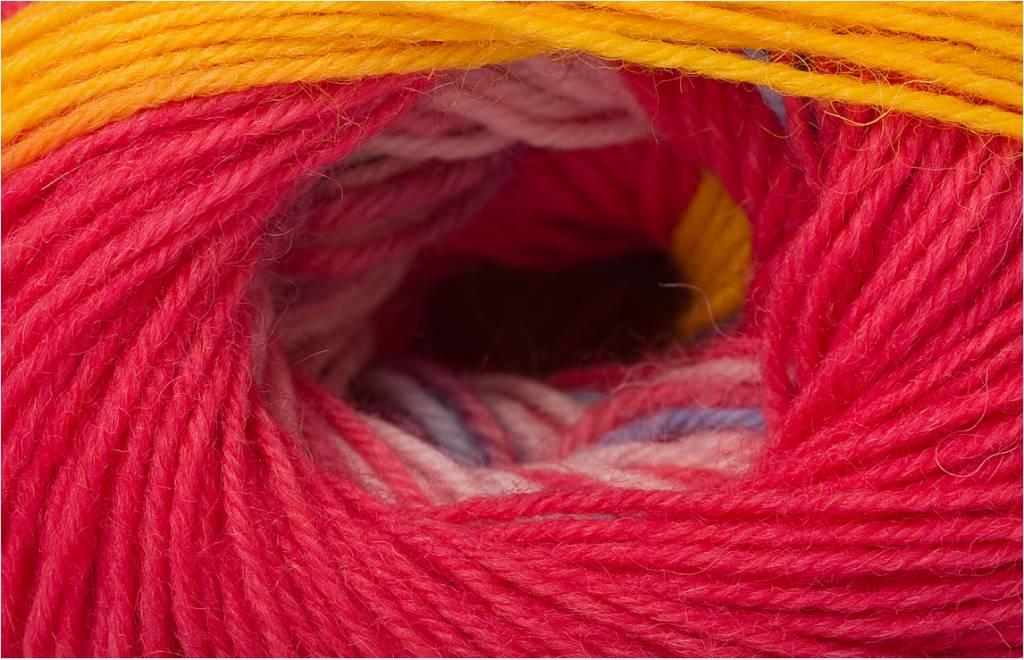 Regia Regia Wool & Gang 6458 PINK PAWS