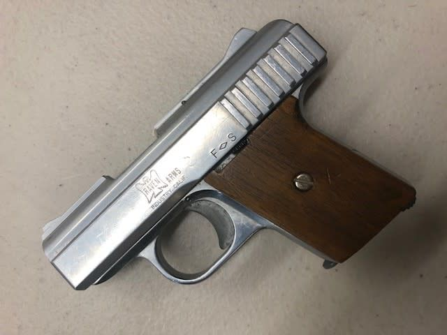 """RAVEN ARMS CONSIGNMENT RAVEN ARMS  P25 .25CAL 2.5:"""" BARREL ONE MAGAZINE CHROME FINISH"""
