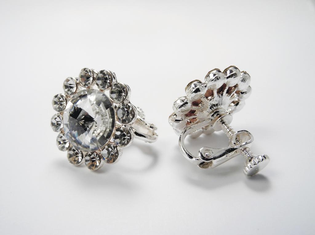 FH2 FH2 - Crystal Clip-On Flower Earrings