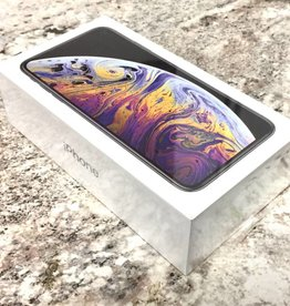 Brand New - Unlocked - iPhone XS Max - 64GB - Silver