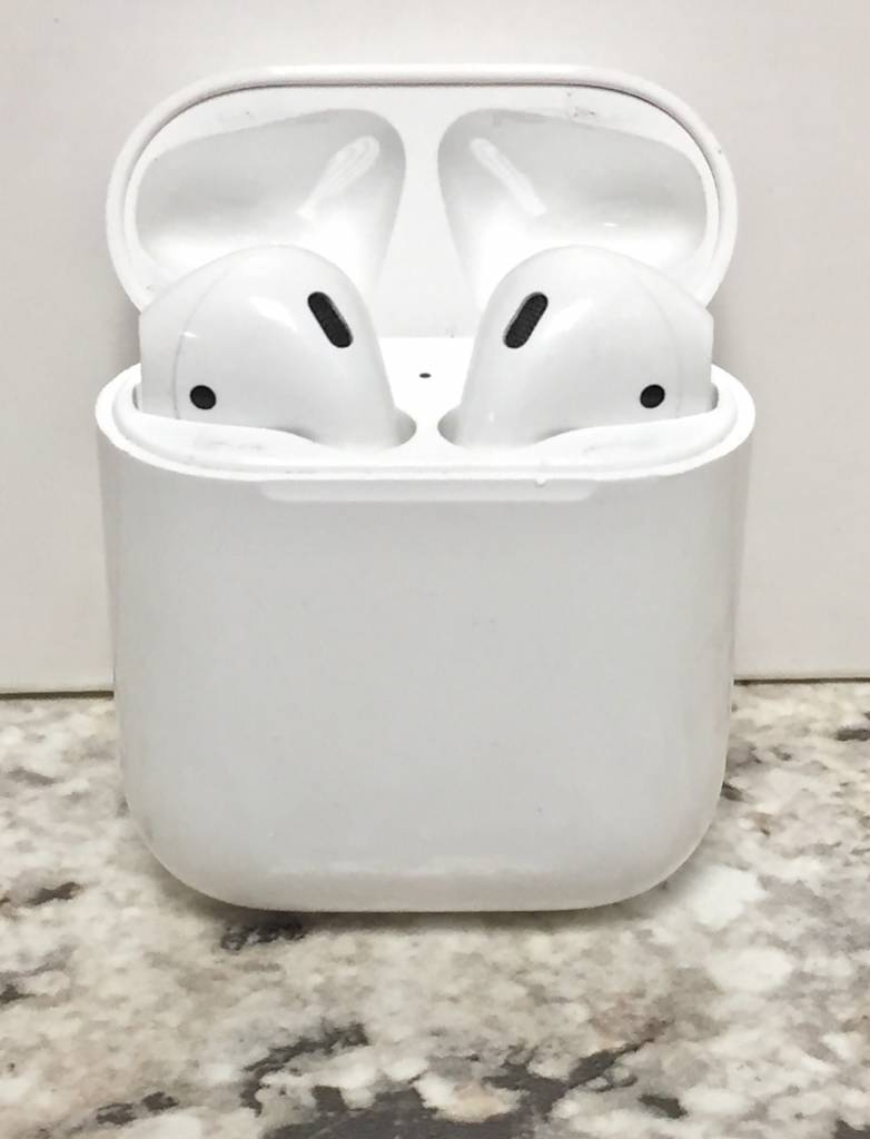 Apple Airpods - Used - Fair