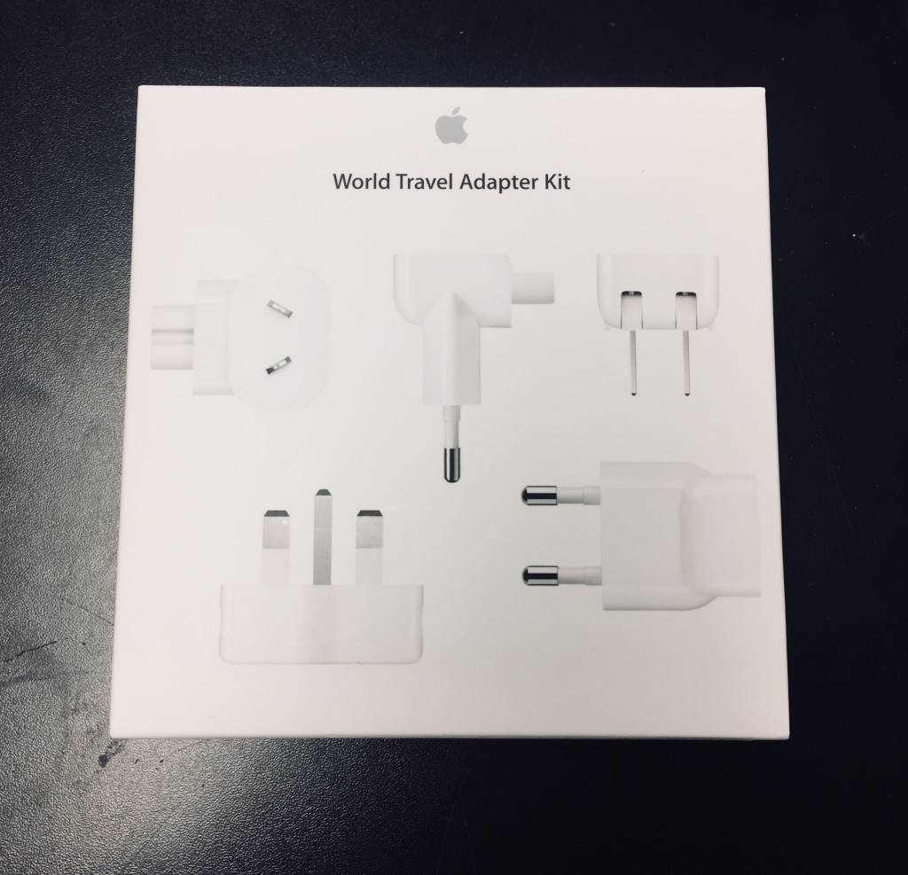 Apple World Travel Adapter Kit - Wall Plug Attachment