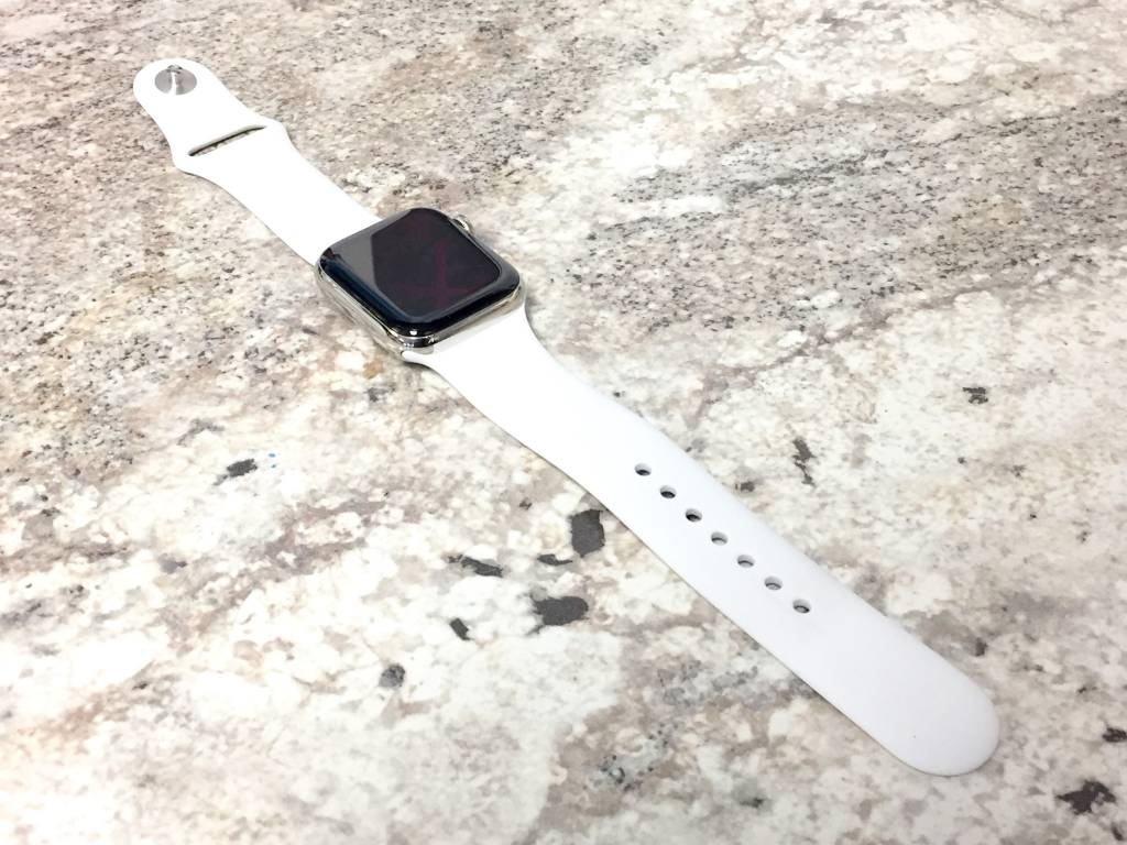 4G Cellular - Apple Watch Series 4 - 40mm - Stainless Steel Edition - Apple Care - M/L White Band