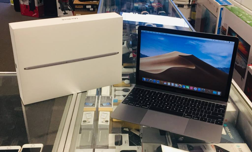 "Mint in Box - Apple Macbook - 12"" 2017 - Core m3 1.2Ghz - 8GB RAM -  256GB SSD"