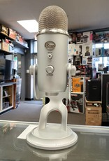 Yeti Blue - 3 Condenser Capsule Microphone - Used