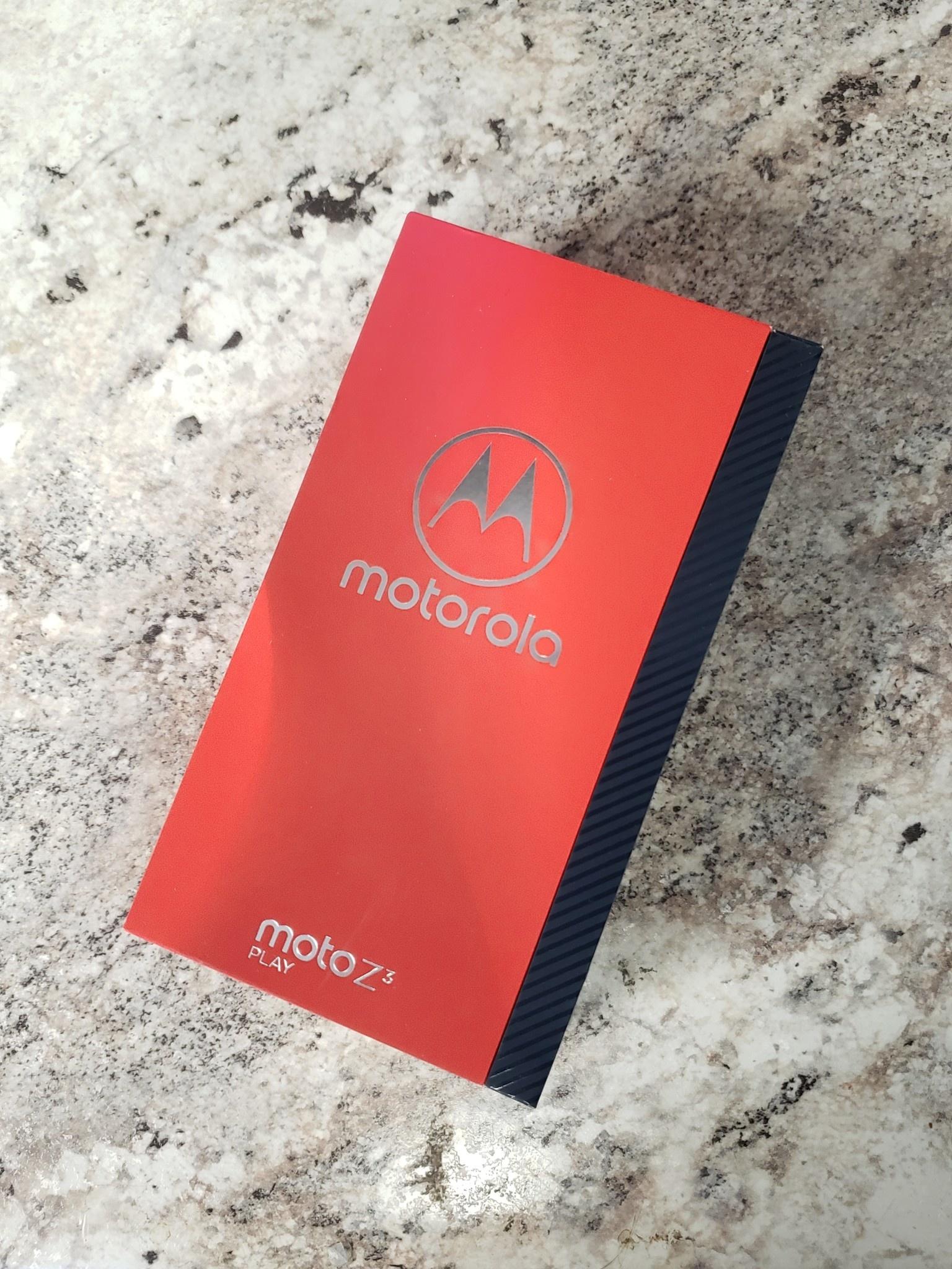 New Open Box - Unlocked - Moto Z3 Play - 64GB