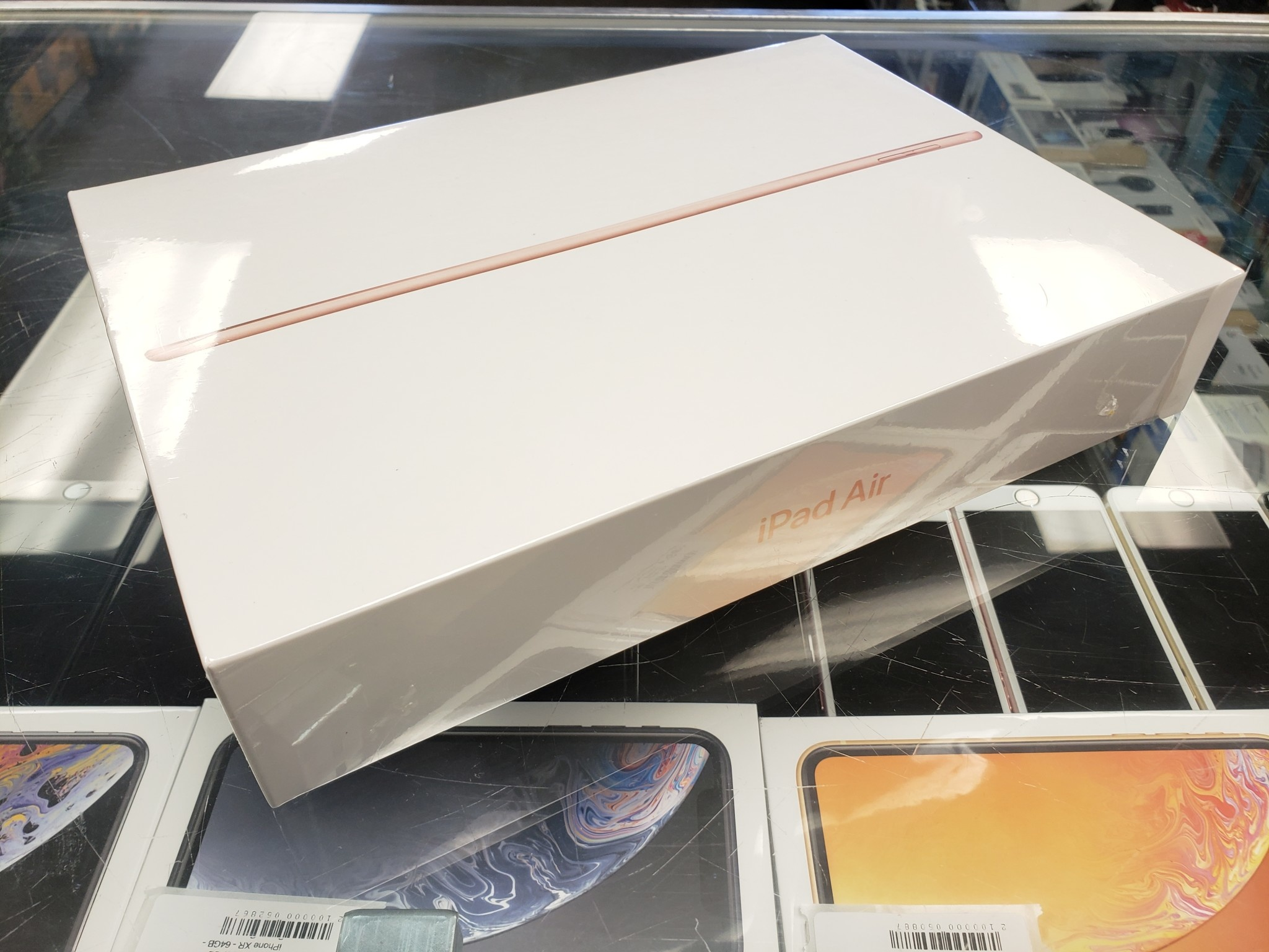 Factory Sealed - Apple iPad Air 3rd Generation - 64GB - Gold