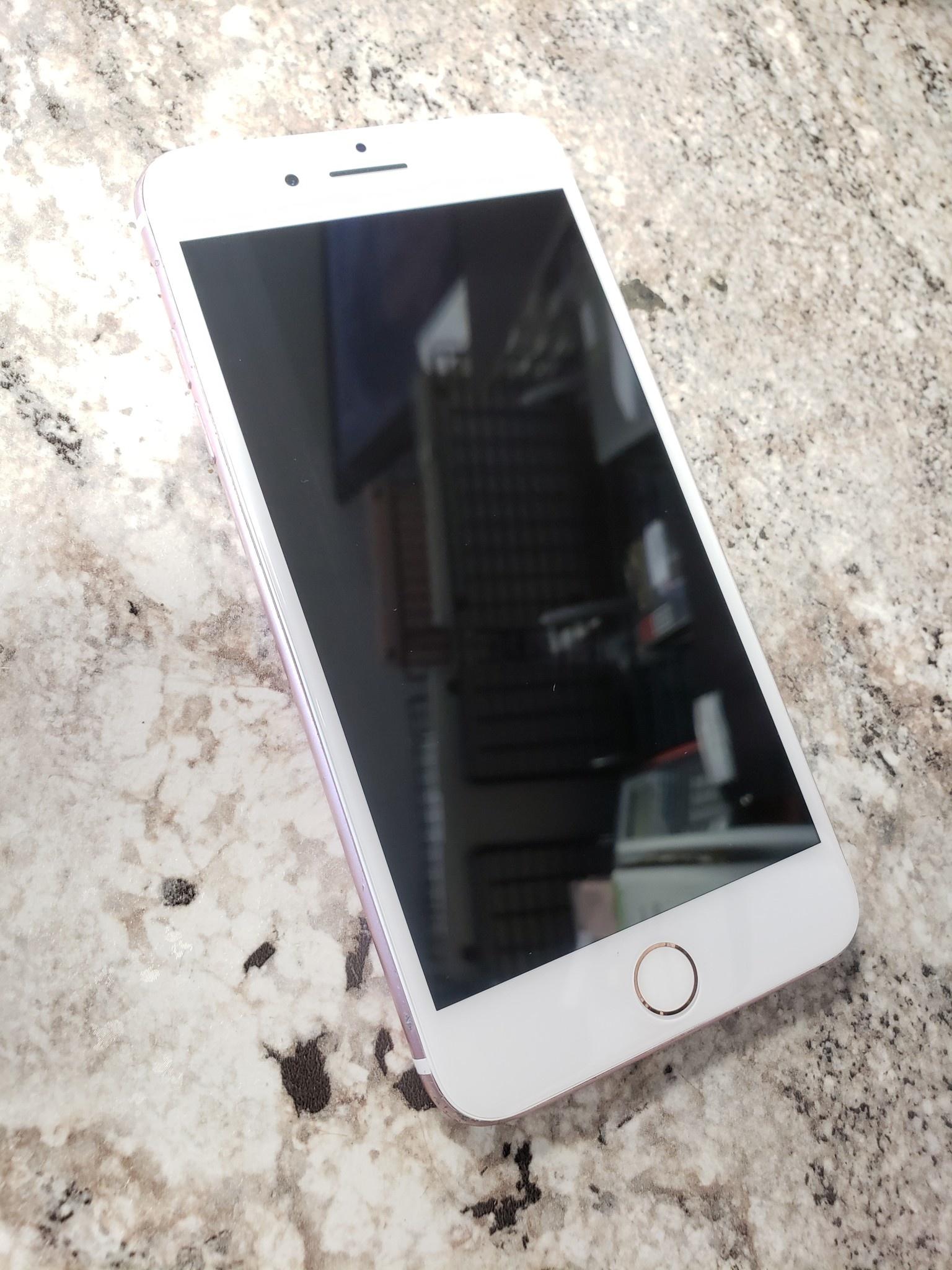 Unlocked - iPhone 7 Plus - 32GB - Rose Gold - Fair Condition