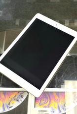 iPad Air 1st Generation - 16GB - White/Silver