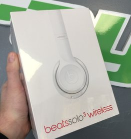 New in Box - Beats by Dre Solo 3 Wireless Headphones - Silver Edition